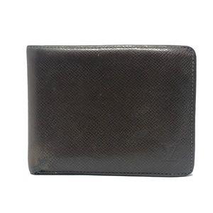 Louis Vuitton Taiga Bifold Wallet